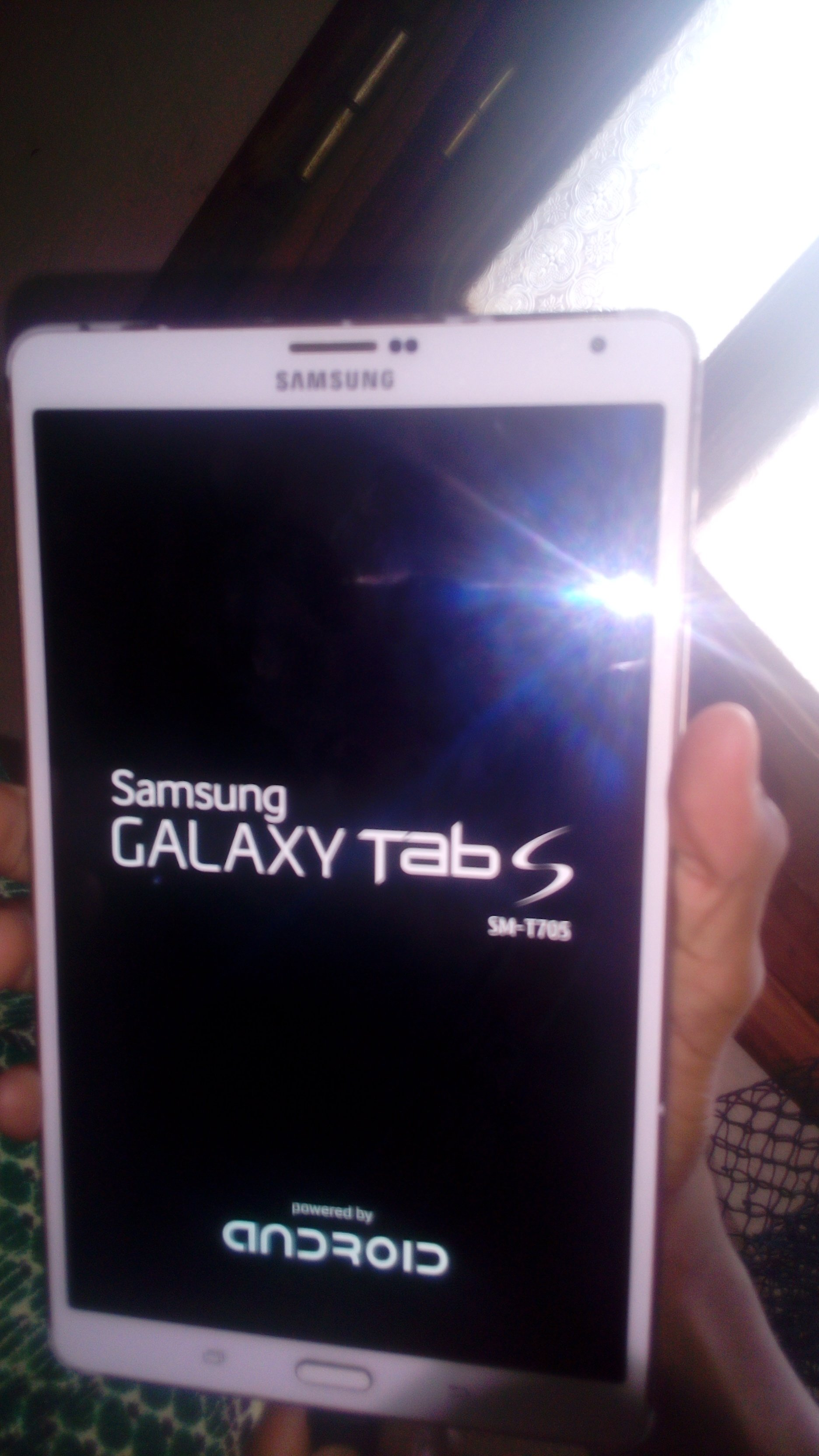My Tablet stops at startup after installing TWRP  - Samsung